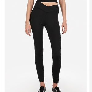 Express V Waistband Compression Leggings